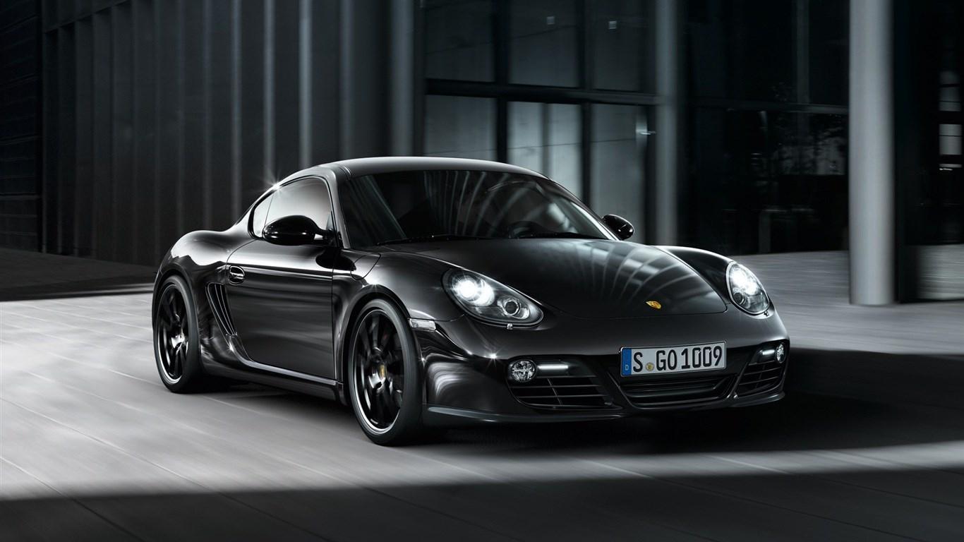 92 Porsche 1366x768 Wallpaper